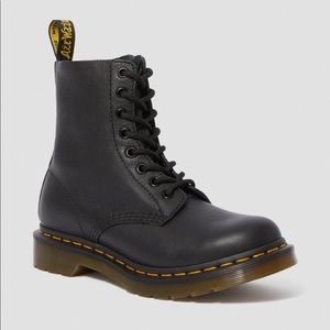 Dr. Martens 1460 Pascal Boot Black size 5 (US)